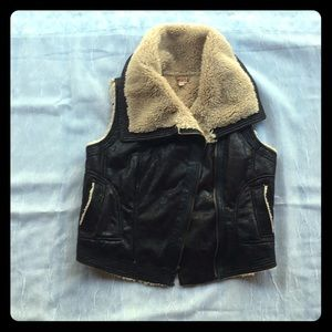 Faux suede and shearling vest junior L